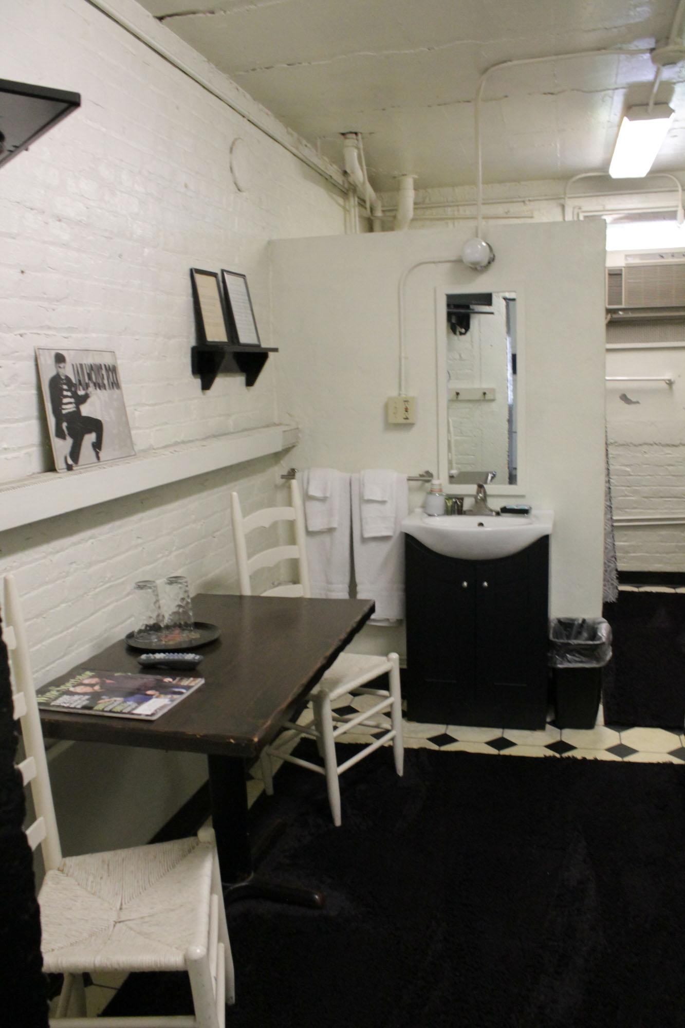 Jail Cell Jailer S Inn Bed Amp Breakfast